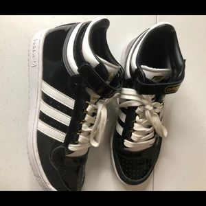 adidas Shoes - Adidas Concord II Mid Fashion Sneakers